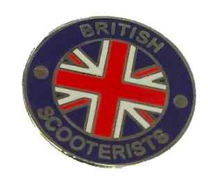 White And Blue Enamel Pin Badge British Scooterists Circle Red