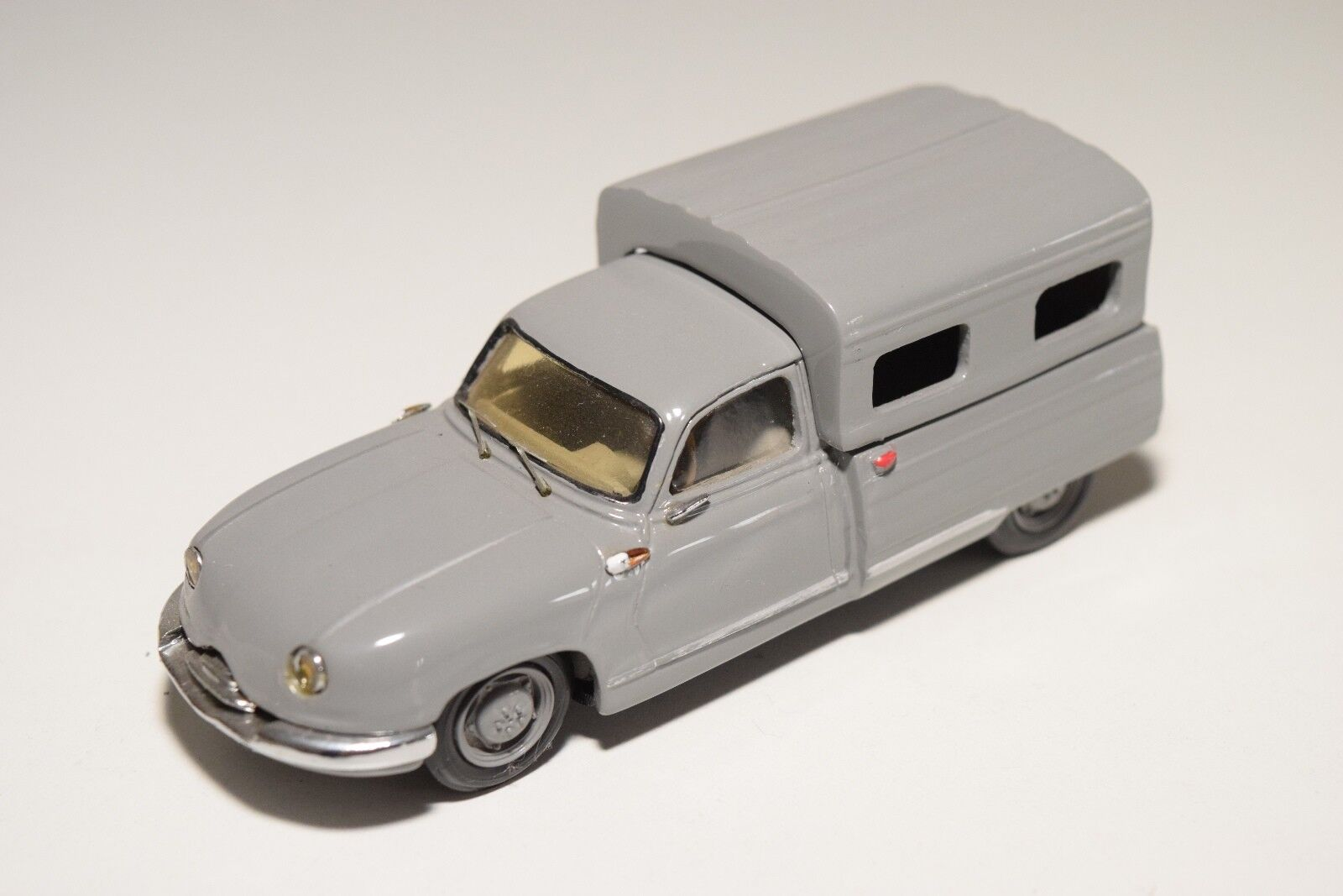. CCC CLASSIQUES PANHARD DYNA Z PICK UP VAN FOURGON grigio NEAR MINT CONDITION