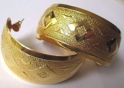 Grandes Boucles D'oreilles Percées Bijou Vintage Créoles Gravées Couleur Or 379