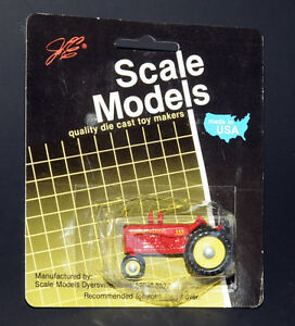 1986-Scale-Models-ERTL-1-64-Scale-Massey-Harris-333-Tractor-MOC-FREE-SHIPPING