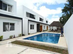 Casa SIN MUEBLES, en Renta  3 Recámaras, Piscina, SM 313, Alamos 2, Av. Huayacán, Cancún