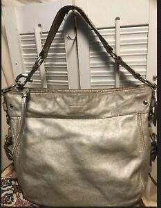 1209c89fdb1 Image is loading Coach-Leather-Zoe-Hobo-Shoulder-Handbag-Silver-Metallic-
