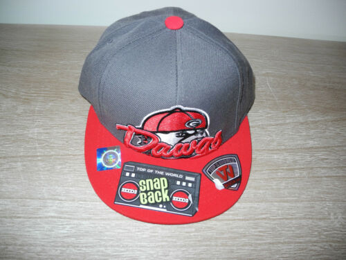 59ac0d2a52e ... New YOUTH Red Gray Georgia Bulldogs Dawgs Top of the World Snap Back  Fitted Cap
