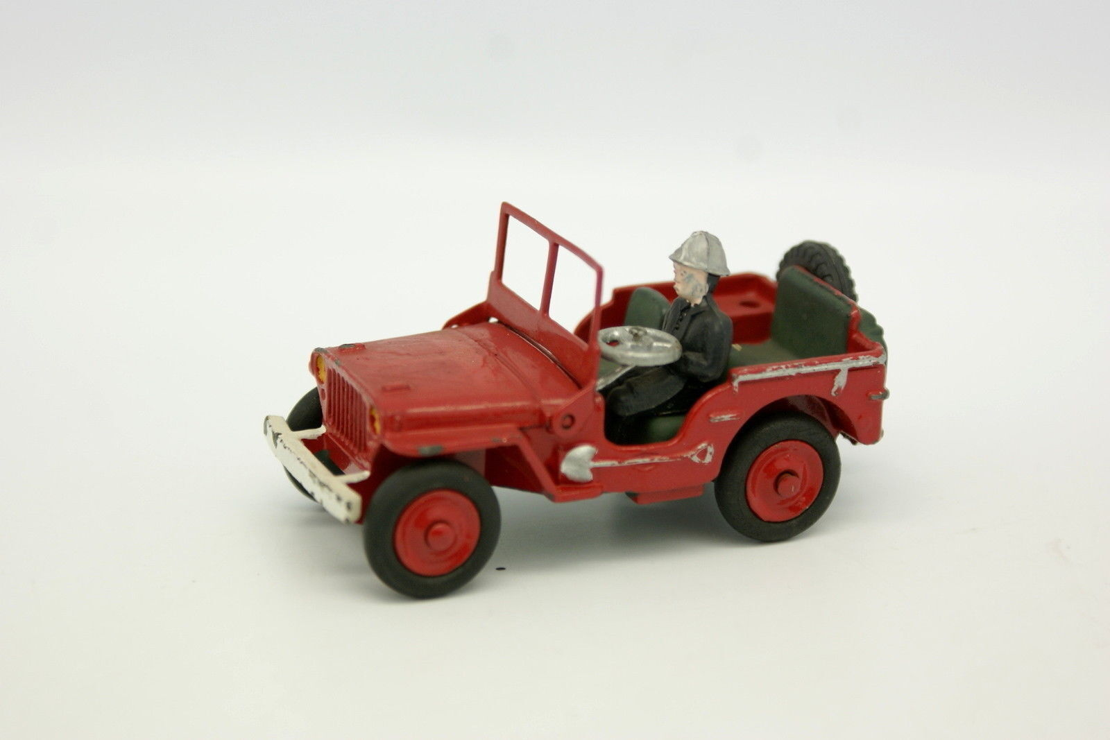 Dinky Toys CODE 3 1 43 - Jeep Willys Fire Brigade
