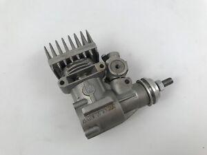 Moteur-combustion-incomplete-vintage-modelisme