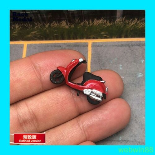 1 RED VESP MOTORCYCLE 1:64 Figure  HH SCENES RM excluded rider