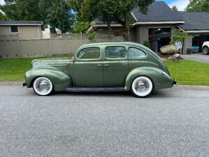 1939 Ford Deluxe Sedan Streetrod