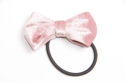 S313 Gorgeous Everyday Girly Black Hair Band w Large Soft Pearl Pink Bow
