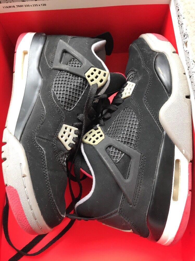 Superbe Air Jordan 4 Nike Retro 7,5 Us /40,5 Occasion Noir Authentiques