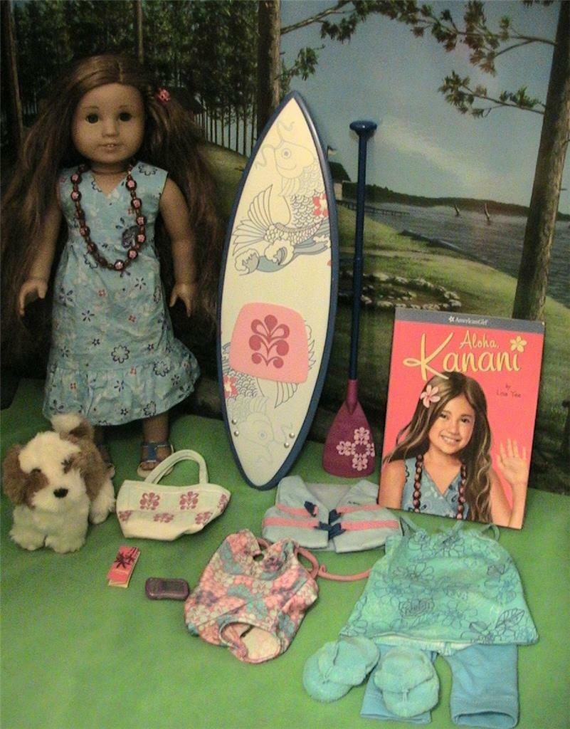 American Girl Doll del año 2011 Kanani W barksee, Paddleboard, trajes, etc.
