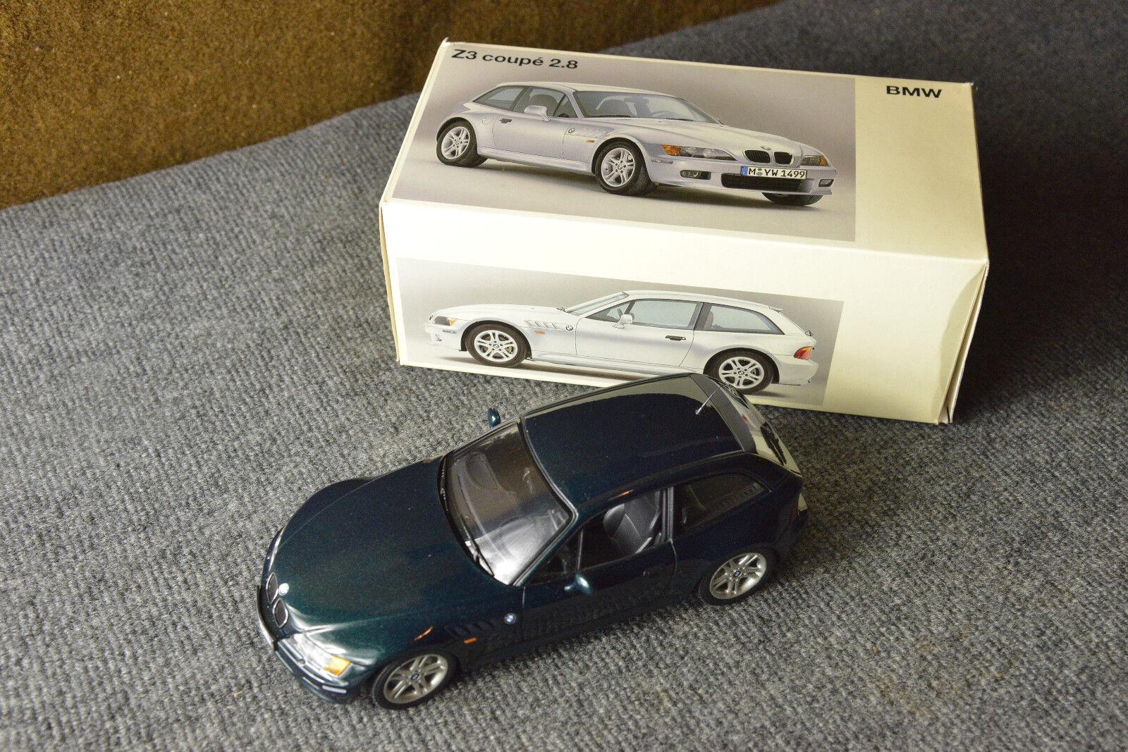 BMW Z3 Coupé 2.8 m³ M replica Toy Collector UT DEALER PROMO modèle vert