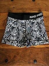 Ladies NIKE PRO Compression Shorts Size Medium