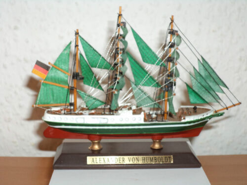 Sammlung Schiffsmodell ALEXANDER VON HUMBOLDT aus Kunststoff und Holz #15
