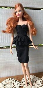 Vtg-1971-2003-Mattel-BARBIE-DOLL-Side-Parted-Red-Hair-Brown-Eyes-Nails-Polished