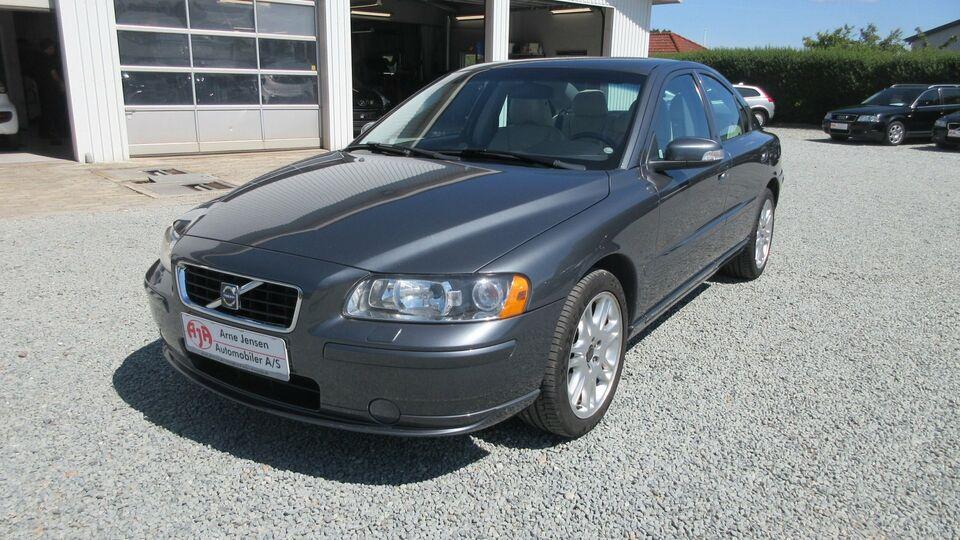 Volvo S60 2,4 140 Momentum Benzin modelår 2008 km 193000