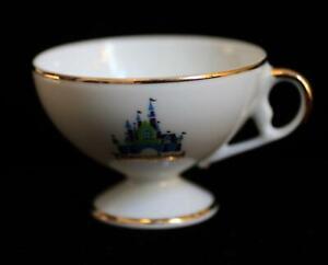 Disneyland-1971-Porcelain-Tea-Cup-Sleeping-Beauty-Castle-Walt-Disney-World-WDW