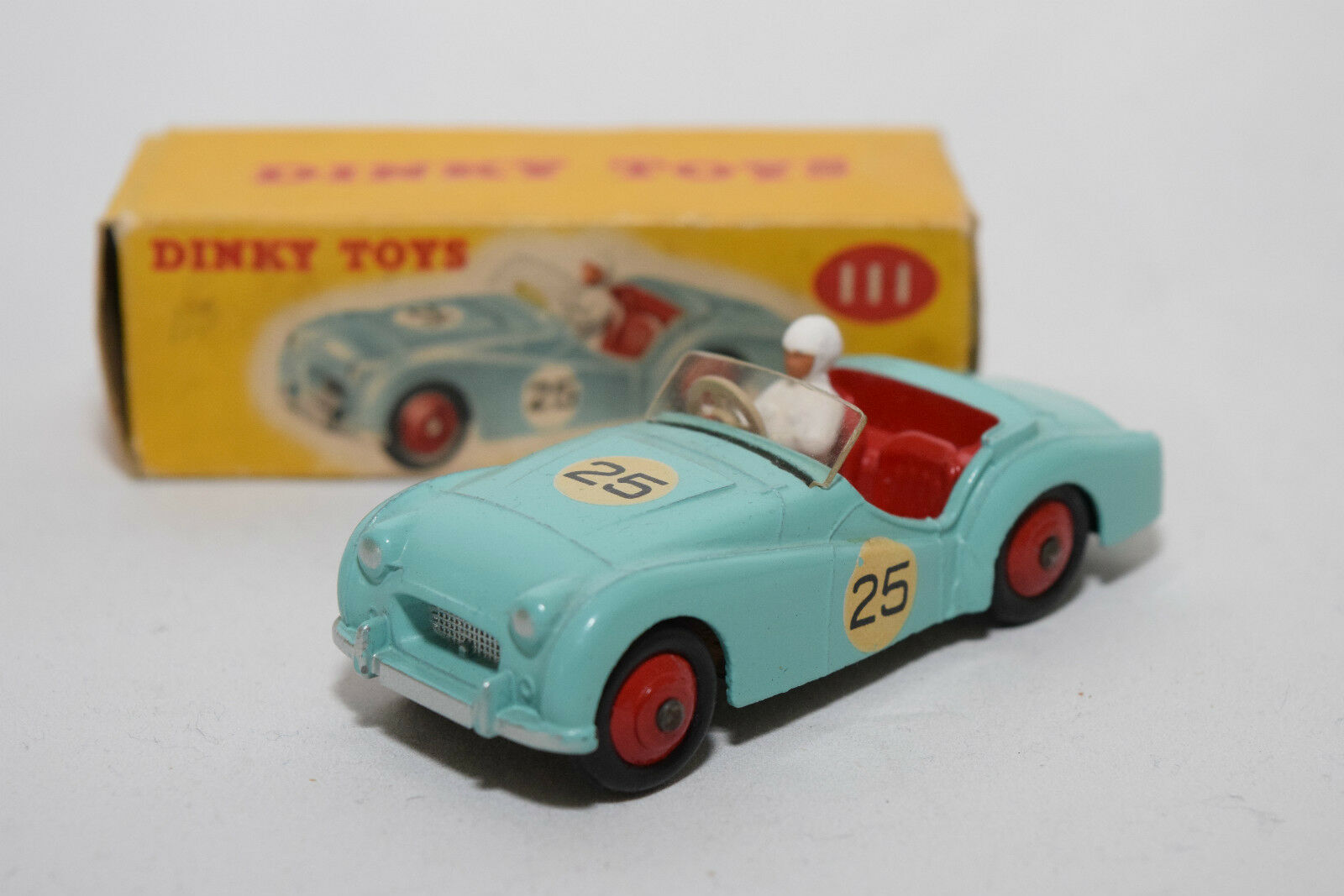 P DINKY TOYS 111 TRIUMPH TR2 TR 2 Sport CAR TURQUOISE MINT BOXED RARE SELTEN.