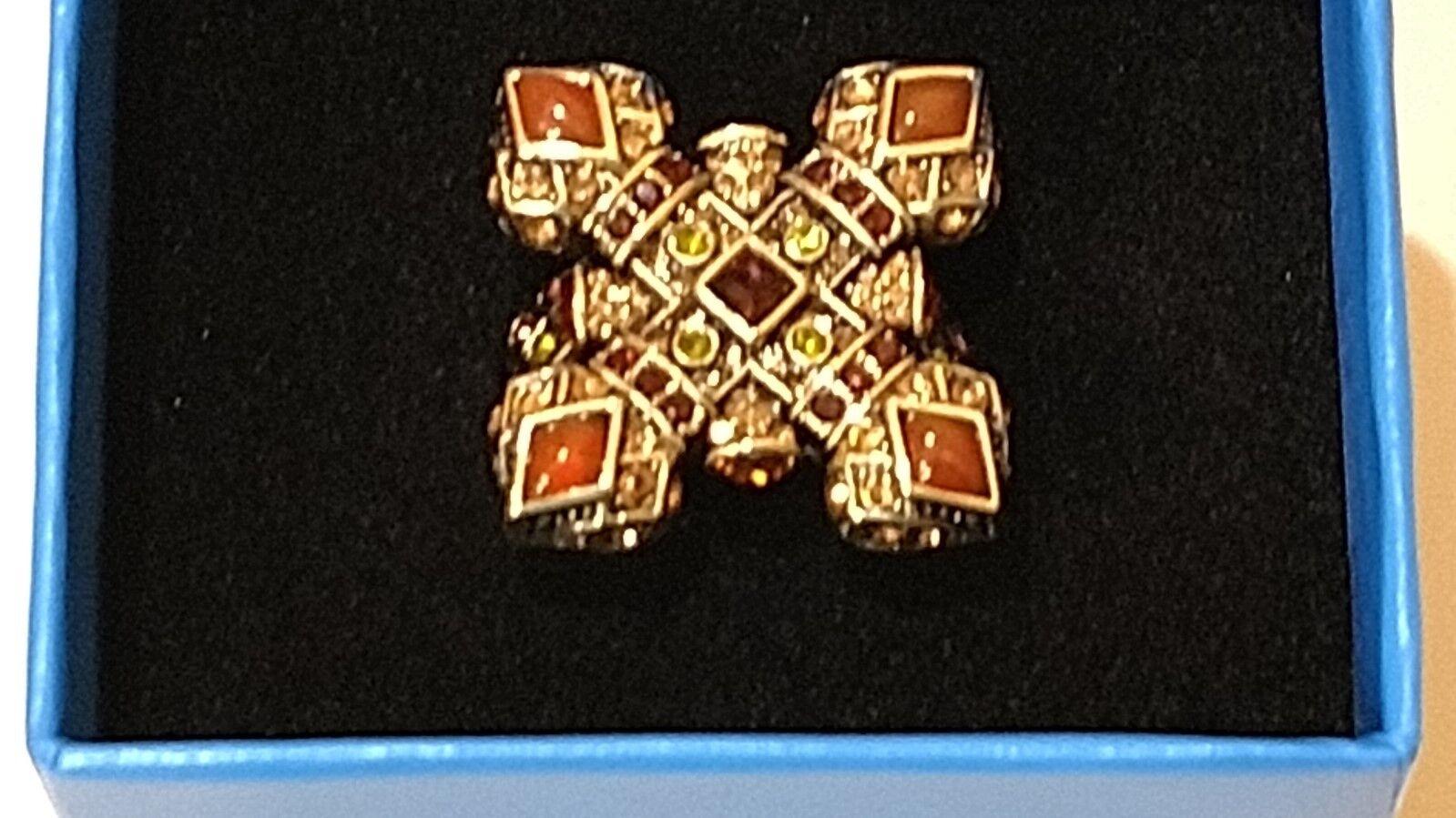 Heidi Daus Vintage Romance Crystal Ring Size 8 Large Crystals& Cabochons NIB