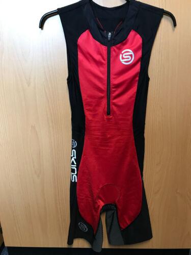 Skins TriSuit red/black Size XS NEU
