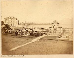 Napoli Strada e fontana Santa Lucia  Foto originale albumina Sommer 1870c XL402