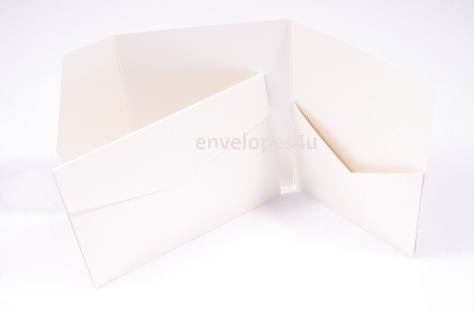 Ivoire Perlé & 285gsm pocketfold invitations 5x7