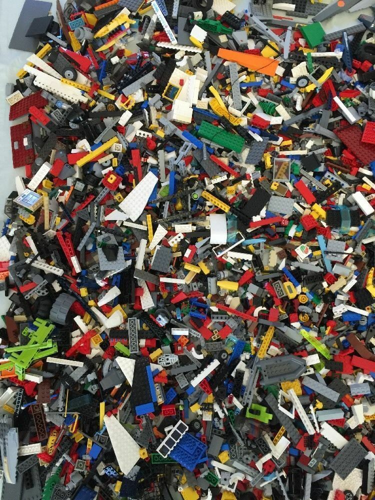 2490+ Lego Clean Pieces 5lbs HUGE LOT- WITH MINIcifraS Washed  e Sanitized  vendita di offerte