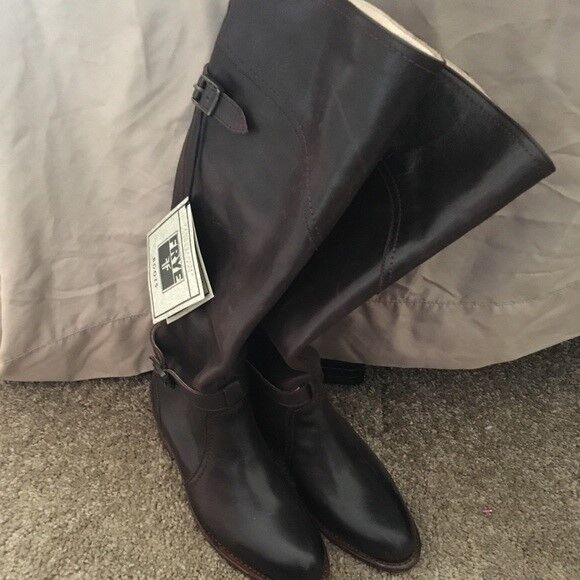 Frye boots Brand new  size 5.5