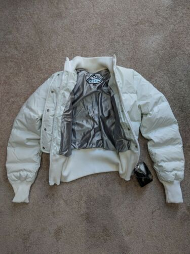 Hood Concealed Jacket Xs Down Pyrenex White 36 Silver Womens UTwUZ