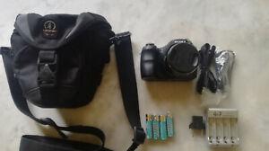 Fotocamera-digitale-bridge-Sony-Cyber-shot-DSC-H200