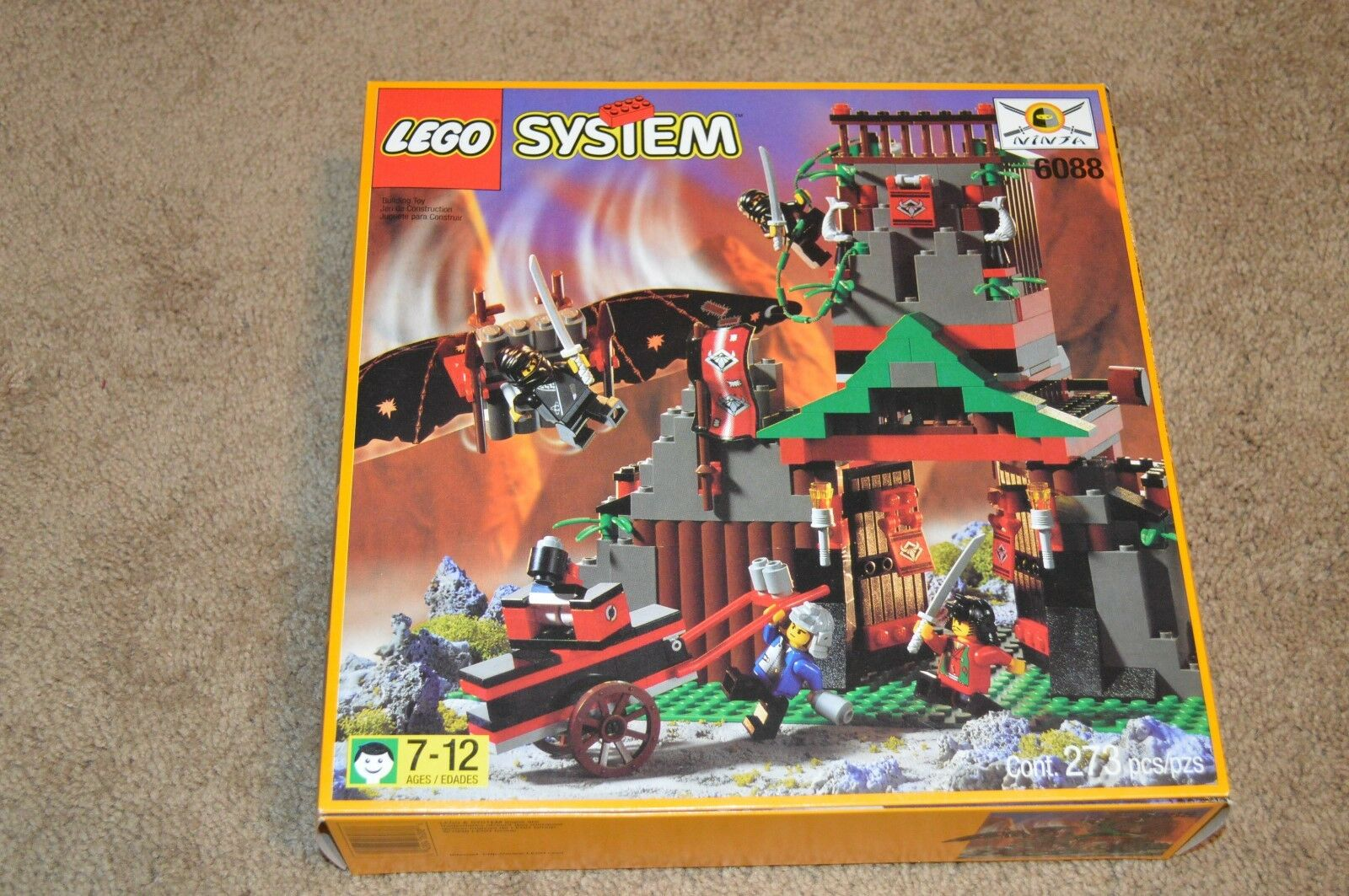 Nouveau Lego 6088 Robber's Retreat Château Set