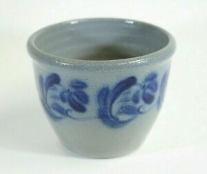 Sale-Vintage-2003-David-Eldreth-Salt-Glazed-Grey-With-Cobalt-Blue-Flower-Crock