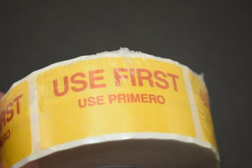"""DayDots ROLL of 500-1/"""" x 2/"""" USE FIRST Labels Yellow 10609-01-21"""