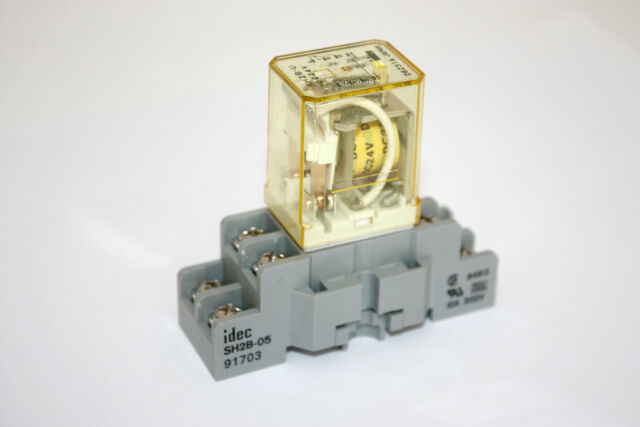 NEW IDEC RH2B-U AC 220V 240v coil RELAY 220vac DPDT NEW