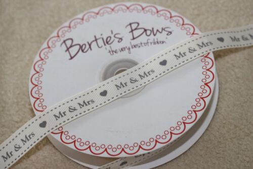 "Cream /& Grey Grosgrain /""Mr /& Mrs/"" Hearts Label Ribbon Bertie/'s Bows 16mm Ivory"
