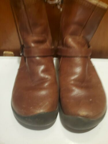 Keen Bern Ankle Boots Womens Size 7.5  Brown Leath