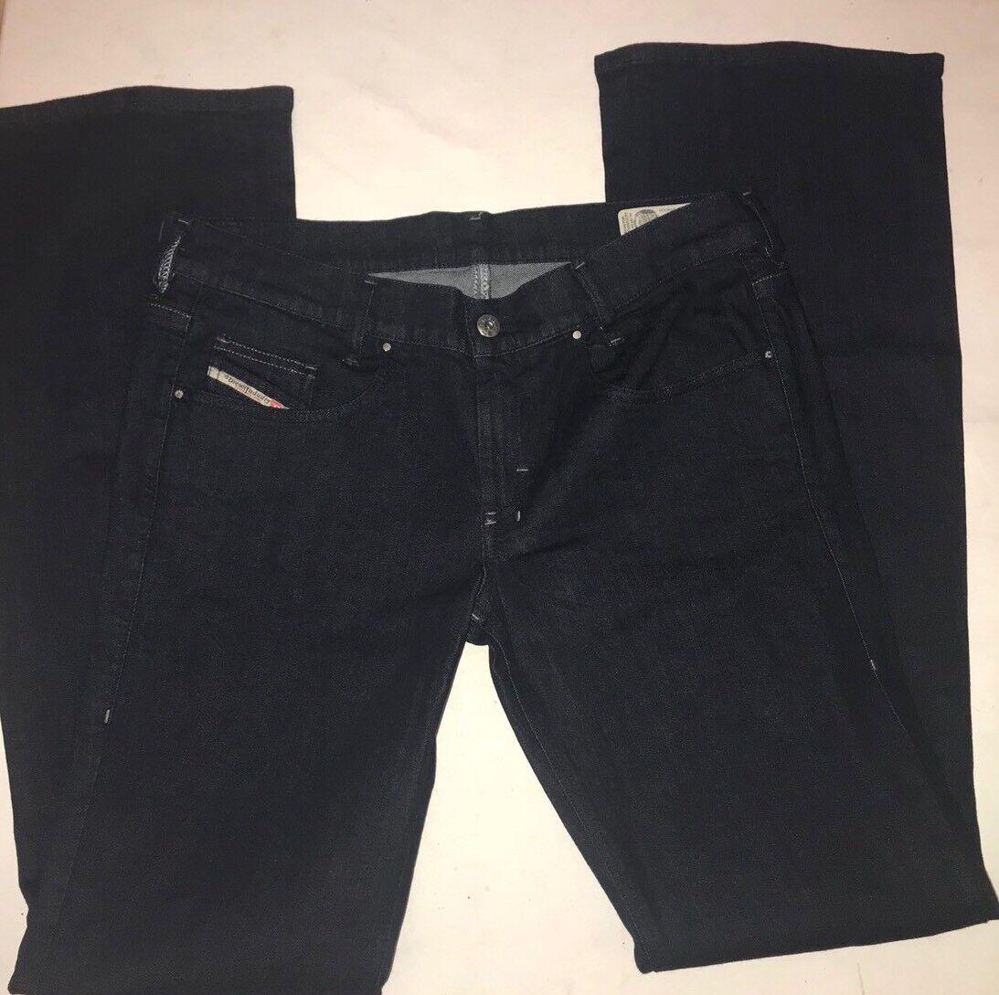 Nuovo di Zecca LOUVavvio Slim avviocut DIESEL gamba, vita bassa jeans. Taglia 31 W x 34 L