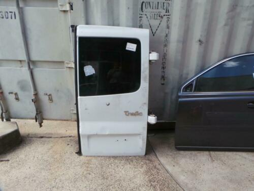 RENAULT TRAFIC RIGHT SIDE BARN DOOR, X83, LOW ROOF, 04041214