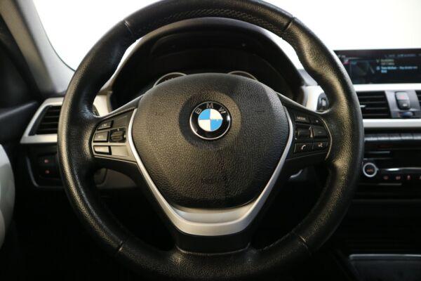 BMW 320d 2,0 Touring aut. billede 3
