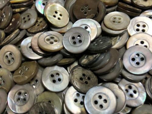"50 Mother Of Pearl W//Rim Japanese Smoke Rainbow Shell Buttons 15//MM 5//8/"" 4hole"