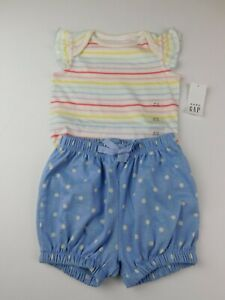 NWT Gap Baby Girl/'s 1 Pc Bodysuit  LS 6-12M Striped Dots Free Shipping New