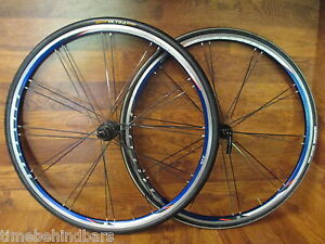 bontrager race lite bladed paired 700c shimano hub blue anodized wheel set ebay. Black Bedroom Furniture Sets. Home Design Ideas