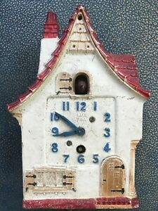 1940s-Vintage-DUTCH-COTTAGE-PENDULETTE-LUX-Clock-Waterbury-TESTED-WORKS