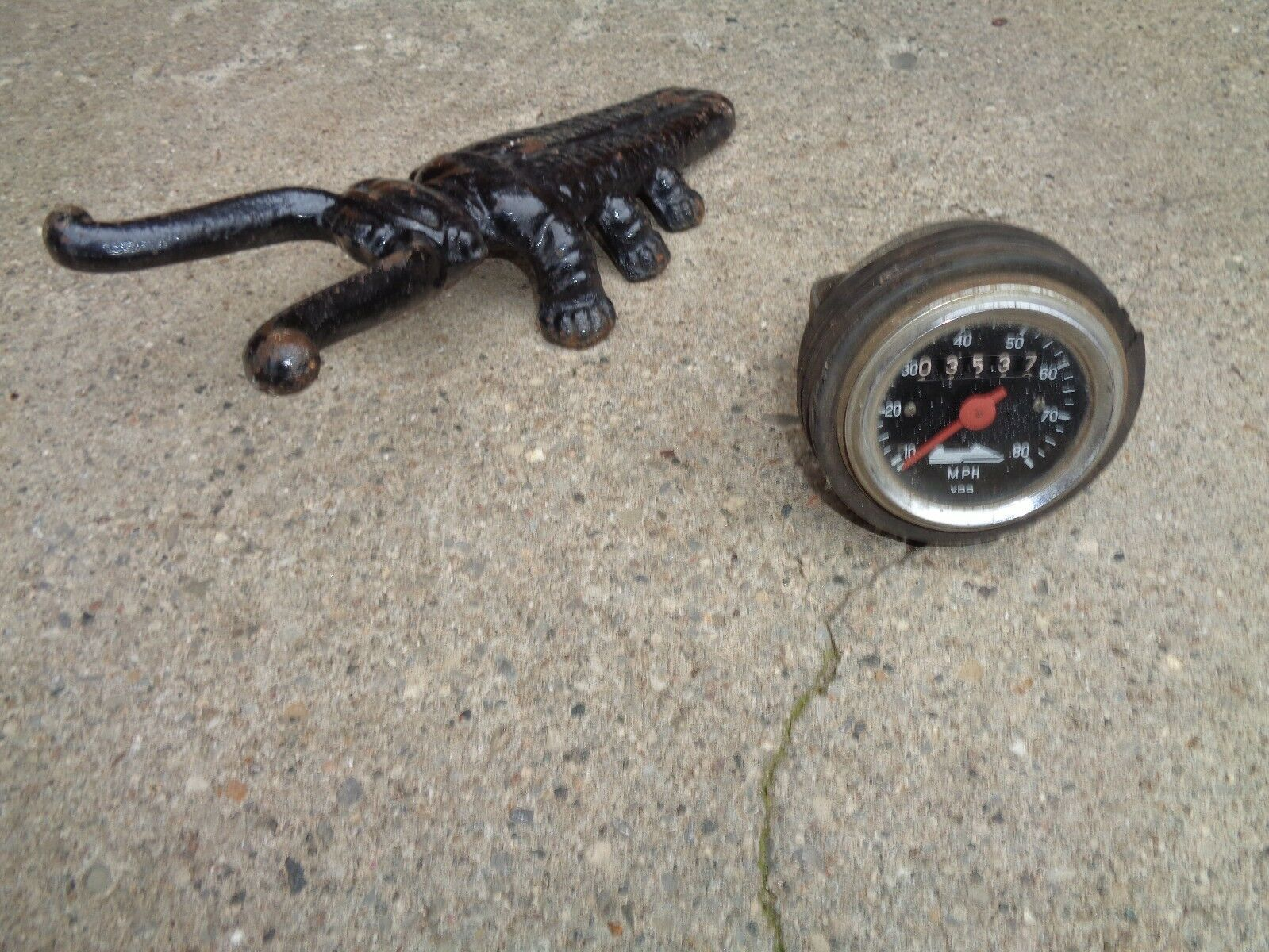 VINTAGE  VDO   SPEEDOMETER FOR A SNOWMOBILE OTHERS DIRTY GOOD  for sale online