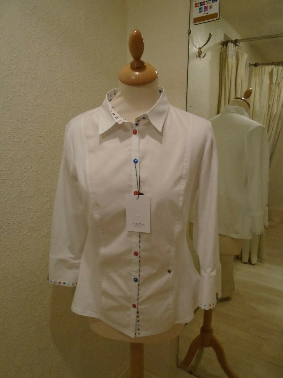 Tinta Stile nekane Bianco con Blu Rosso Multi Dettaglio Camicia