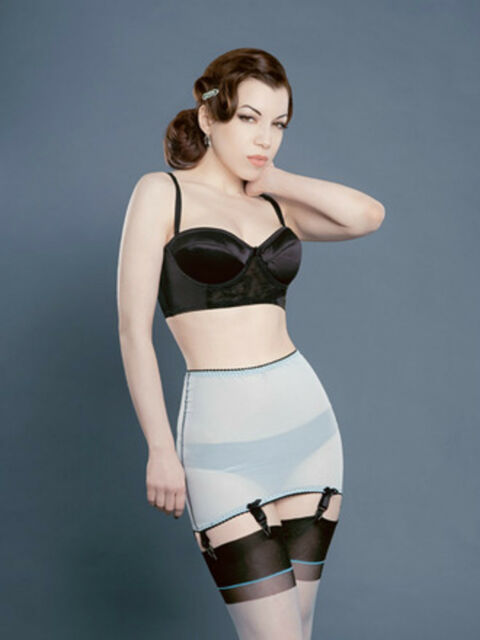 Retro Vintage Style Rockabilly Roll On Sheer Girdle with 6 Suspenders/Garters