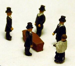 Funeral-Coffin-A74p-PAINTED-N-Gauge-Scale-Langley-Models-People-Figures-1-148