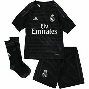 Adidas Boy S Black Real Madrid Replica Mini Kit Set Sz 7 8 9 10 11 12 13 Yrs Ebay