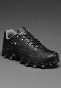 NEW-Oakley-Teeth-2-low-Black-Sz-6-US-Mens-Boys-Shoes-New