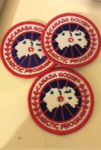CANADA-GOOSE-BADGE-Red-Free-Uk-postage-3-badges