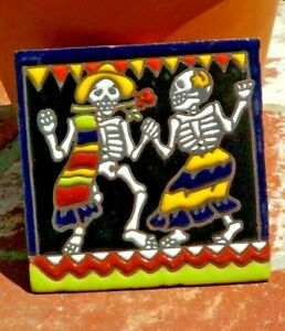 DAY OF THE DEAD SURFER RED TILE 4 IN x 4 IN TALAVERA MEXICO WITH FREE SHIPPING